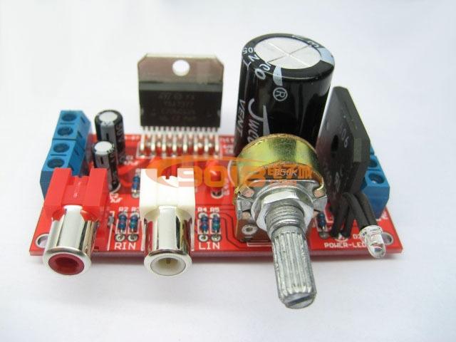 商品介绍: 散套件使用一片TDA7377组成双声道的BTL电路,输出功率最大可达2x37W。布局合理,无噪音,外围元件少,操作简单,PCB空板上每个元器件的位置均有参数标识,只需对应插上、焊接即可。套件单电源应用,推荐交流供电电压10-12V,直流供电电压12-15V。音质纯净,适合于改装汽车、摩托车、电动自行车音响,提升您的音响音质!  各位DIY朋友们千万不要错过哦!!当您动手做好自已的音响后,您能体会到DIY的极致乐趣哦~~~ 本品为散件,即空PCB板加上元器件组成的一组套件,板上已有清楚的元件参数
