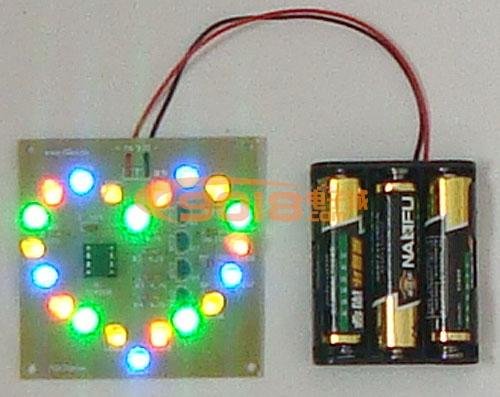 花样多彩色LED心形闪光灯电路电子制作套件 散件