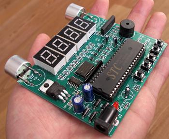 超声波测距板配套12v 1a直流稳压电源       点击这里可以看到超声波