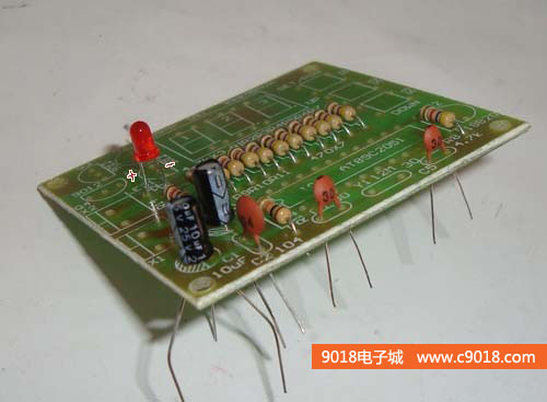 ds18b20+at89c2051单片机温度控制器(温控器)电路